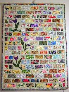 This type of Patchwork Quilts is undeniably an extraordinary style philosophy. Jellyroll Quilts, Scrappy Quilts, Easy Quilts, Patchwork Quilting, Applique Quilts, Crazy Quilting, Modern Quilting, Quilting Fabric, Mini Quilts