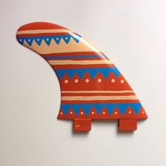 Hand painted surfboard fins - If I could surf, would totally get these!