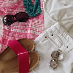 "In my ""fave summer sunnies"" for #julystylemixer today.  I just got these pink patent Birkinstock look-alikes at Target - thinking I may need the black pair too! #ootd // #loftgirl cardigan and t-shirt / #gap shorts / #targetstyle sandals / #tomford Jennifer sunglasses / #katespade watch // #currentlywearing #whatimwearing #wiw #outfitinspiration #31days31shoes #Padgram"