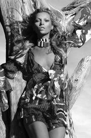 On September 11th in 2005, Roberto Cavalli lent his support to Kate Moss, as she starred in his Spring/Summer 2006 campaign immediately after leaving rehab. Subscribe to daily Fashion History facts on on our blog! #fashion #katemoss #tifh