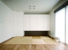 リビングに連続した畳コーナー Living Etc, Living Room, Washitsu, Tatami Room, Japanese Interior, Interior Lighting, Home Interior Design, Minimalism, Sweet Home