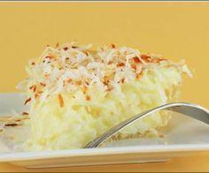 Receita de Torta de coco cremosa - Show de Receitas