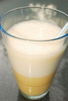 Low Calorie Orange Julius  This is a perfect, copycat Orange Julius Recipe that has the same fantastic taste, but boasts just 4 Points + per serving. It's a fabulous summer drink recipe that is a much healthier version than the traditional Orange Julius.