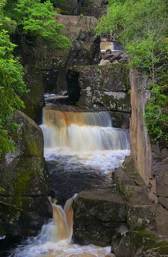 ) Bracklinn Falls