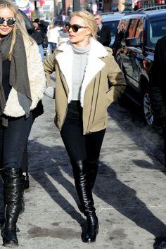 LOTD: Margot Robbie Shop her snow chic Sundance... | wantering blog