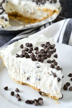 An easy and delicious recipe for luscious No-Bake Cannoli Cream Pie filled with cream cheese, ricotta cheese and mini chocolate chips. Desserts No-Bake Cannoli Cream Pie - Mother Thyme Easy No Bake Desserts, Köstliche Desserts, Delicious Desserts, Yummy Food, Easy Sweets, Quick Dessert, Valentine Desserts, Easy Italian Desserts, Italian Recipes
