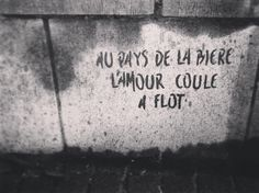 #bruxelles #brussels #bruxellesmabelle #bxl #bx #bxlove #bybrussels #bruxellestagram #bruxellesjetaime #bxl_online #visitbrussels #igbrussels #belgique #belgium #welovebrussels #brusselslove #graffiti #streetart #streetstyle