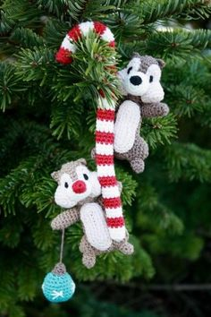Ardillas con bastoncito navideño