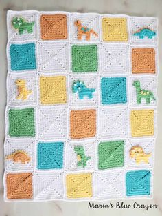 Granny Square Crochet Dinosaur Granny Square Blanket - Free CAL - Maria's Blue Crayon - Join hundreds of crocheters for this fun Dinosaur Blanket crochet along that is completely free with video tutorials included! Granny Square Häkelanleitung, Joining Granny Squares, Granny Square Crochet Pattern, Crochet Granny, Crochet Square Blanket, Crochet Motifs, Afghan Crochet Patterns, Free Crochet, Applique Patterns