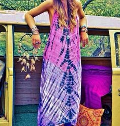 Login' these gorgeous colors👩🏻‍🎤 Boho style Hippie Style, Hippie Chic, Bohemian Style, Boho Chic, Tie Dye Maxi, Tye Dye, Tie Dye Dress, Estilo Hippy, Boho Fashion