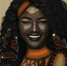 afrodesiacworldwide:  IG-@thick_east_African_girl