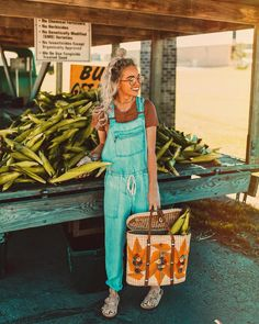 "1,116 Likes, 4 Comments - Hailey Marie (@dreaming_outloud) on Instagram: ""one of my favorite ""end of the summer"" traditions is picking out fresh sweet corn from my local…"""