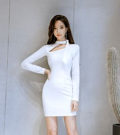 Knee-length bodycon dress with hidden back zipper closure. You are absolutely looking sexy perfect in this chic sheath dress. Elegant Dresses, Pretty Dresses, Beautiful Dresses, Casual Dresses, Short Dresses, Fashion Dresses, Korean Fashion Trends, Asian Fashion, Girl Fashion