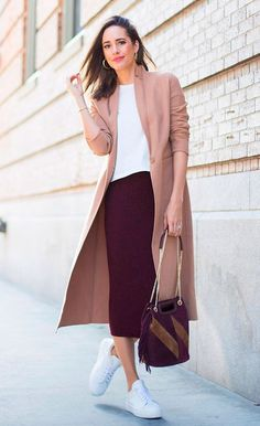 Como Usar Pantacourt ⇒ 45 Looks para Apostar【 2019 】 pantacourt outfit summer Pink Outfits, Dressy Outfits, Summer Outfits, Fashion Outfits, Womens Fashion, White Sneakers Outfit, Dress With Sneakers, Winter Office Outfit, Office Wear