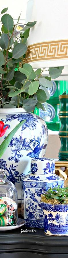 2/2 #spring #entry #homedetails #design #delftblue #Jadranka Design Your Dream House, Delft, Dreaming Of You, Decorative Boxes, Easter, Shades, Navy, Spring, Red