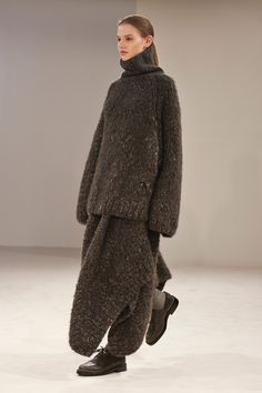The Row F/W/ 2014, chunky knit sweater, skirt, brogues
