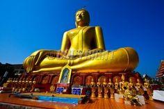 golden-buddha-sukhothai-province-thailand-image.jpg 400×267 pixels