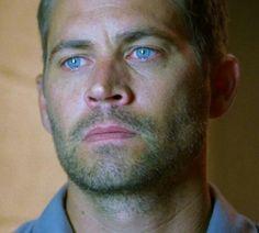 Paul Walker.. That look !!! Those eyes...:)