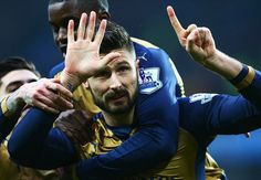 Arsenal top English Premier League - http://www.77evenbusiness.com/arsenal-top-english-premier-league/
