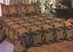 King Layla Wedding Ring Quilt Set with 2 Shams 100% Cotton Country Rustic Tan
