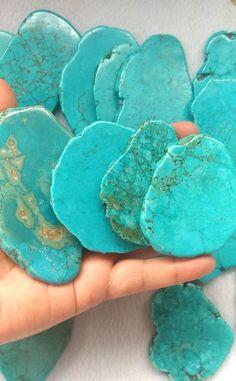 Shades Of Turquoise, Red Turquoise, Turquoise Stone, Turquoise Jewelry, Aqua, Pyrus, Beaded Skull, Amethyst Quartz, Shell Crafts