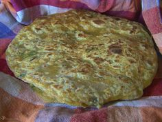 Mrkvova Paratha Quiche, Carrots, Pizza, Bread, Cheese, Breakfast, Ethnic Recipes, Food, Indie