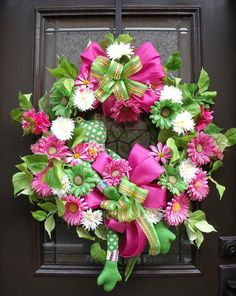 Sock Frog Wreath Summer Wreaths For Doors Pink & by LuxeWreaths, $165.00