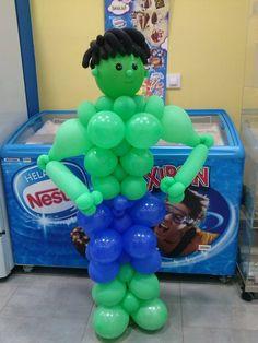 Más figuras de globos de Dulce Diseño Almería, en esta ocasión esta increíble figura de Hulk para un fan de los cómics.