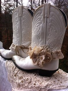 Hey, I found this really awesome Etsy listing at https://www.etsy.com/listing/213855811/set-of-2-rustic-wedding-boot-band-made