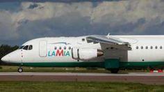 Image copyright                  Reuters                                                                          Image caption                                      Colombia sostiene que el avión de Lamia partió con sobrepeso de Bolivia.                                El avión de la aerolínea boliviana Lamia no tenía suficiente combustible, iba con sobrepes
