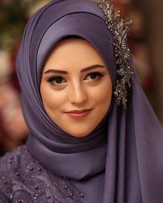 kebabci aksesuar …, the is the my Pakistani Formal Dresses, Pakistani Fashion Casual, Muslim Fashion, Hijab Fashion, Fashion Hair, Wedding Hijab Styles, Hijab Wedding Dresses, Muslim Brides, Muslim Girls