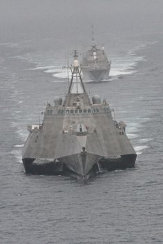 All sizes | The first of class littoral combat ships USS Freedom and USS Independence maneuver together during an exercise off the coast of Southern California. | Flickr - Photo Sharing!