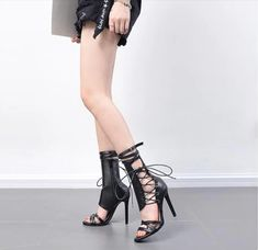 Product Key Features -PU -Imported -Synthetic and flexible sole -Dress sandal -Adjustable closure -Available in sizes -Perfect to wear on parties, outings, anniversaries, etc. Black Pumps Outfit, Heels Outfits, Black Strappy Heels, Black Heel Boots, Shoes Heels, Women's Summer Fashion, Women's Fashion, Color Fashion, Trendy Fashion