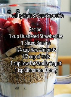 Mason Jar Recipe Ideas A superfood smoothie recipe! Must try -A superfood smoothie recipe! Must try - Healthy Fruits, Healthy Smoothies, Healthy Drinks, Healthy Eating, Healthy Cleanse, Ninja Smoothie Recipes, Breakfast Drinks Healthy, Weight Loss Smoothies, Healthy Recipes
