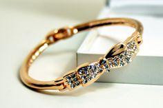 :: Armband mit Schleife ::  HIER zum eShop ->> http://stores.ebay.de/Schickovna