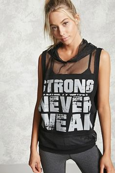 "Top Deportivo ""Strong Never Weak"""