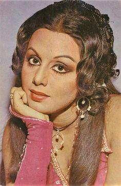 Indian Celebrities, Bollywood Celebrities, Indian Actresses, Actors & Actresses, Neetu Singh, Actress Priyanka, Indian Star, Vintage Bollywood, Beautiful Bollywood Actress