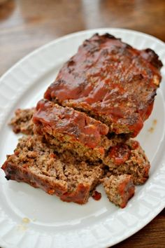 This quick easy meatloaf recipe is made with just a few simple ingredients but with a whole lot of tasty flavor.