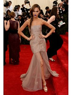 Joan Smalls #metgala #2014