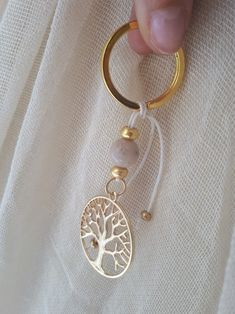Diy Keychain, Crafts Beautiful, Fall Flowers, Crafty Craft, Baby Shower Favors, Crochet Projects, Wedding Gifts, Jewelery, Wedding Decorations