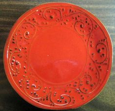 & Red Textured Primitive Scroll Leaf Italy Plate M