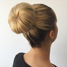 45 Pretty Ideas for Casual and Formal Bun Hairstyles – formal hairstyles Donut Bun Hairstyles, Messy Bob Hairstyles, Roll Hairstyle, Classic Hairstyles, Work Hairstyles, Formal Hairstyles, Wedding Hairstyles, Medium Hair Styles, Short Hair Styles
