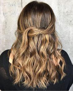 Bronze RUs. we love this #beautiful #bronde #balayagedhair  @whitneyhushionhair created. . . . #mastersofbalayage #balayagedandpainted #redkenshadeseq #torontohair #torontohairstylist #hairtransformation #hairstyleoftheday #hairideas #wavyhairstyle #wavyhair #torontosalon #torontohairsalon #haircolourist #kevinmurphysalon #kevinmurphy #evolveyourself #torontoblogger #torontolifestyle #hairphoto #modernsalon #behindthechairstylist #brazilianbondbuilder @brazilianbondbuilder @redken…