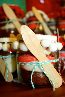Cupcakes in a baby food jar for party favors