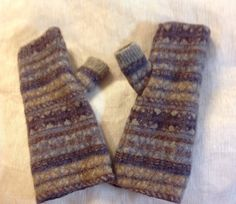 thick wool Felted Fingerless Gloves mocha by mcleodhandcraftgifts