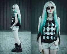 Moon goth grunge cute teen rock style fashion outfit girl dye hair blue