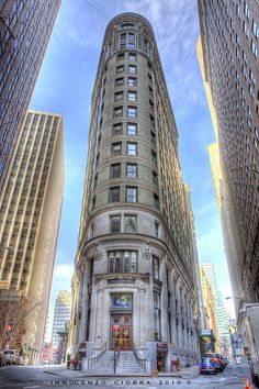 Cocoa Exchange / Beaver Building in NY - Hidden in downtown Manhattan, it has very striking similarities to the Flat Iron Building.   HDR
