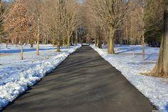 Logan's Walk toward where the mansion once set.
