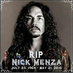 Nick Menza, the drummer for Megadeath, died on May 2016 due to heart failure after collapsing onstage while performing with his band. He was 51 years old. May he rUst in peace. Rock And Roll Bands, Rock Bands, Rock N Roll, Metal Bands, Thrash Metal, Hard Rock, Nick Menza, Band Wallpapers, Heavy Metal Music