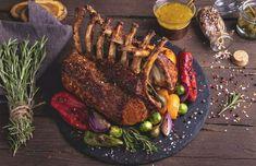 Superkjapp og nydelig dessert til 17. mai! | Kulinarisk Fanatisme Sausage, Steak, Desserts, Food, Tailgate Desserts, Deserts, Sausages, Essen, Steaks